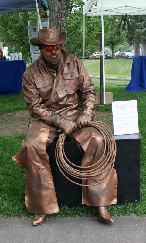 Living Statue Art Of Eli Hopkins